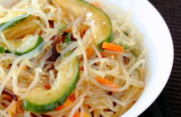 Spicy ShiratakAi Noodle Salad